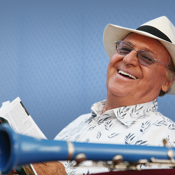 Renzo Arbore concert at Forte Arena